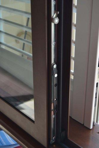 Finestra in Alluminio colore Bronzo Corten (3)