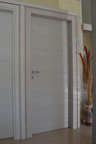 porta liscia colore bianco pembroke (1)