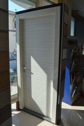 porta liscia colore palissandro bianco